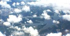 飞机上的天空