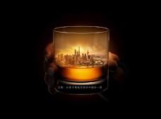 酒杯中的夕阳都市建筑